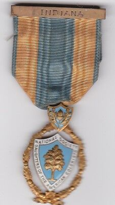 DAUGHTERS OF AMERICAN COLONISTS  NATIONAL SOCIETY  ORDER  MEDAL INDIANA Named