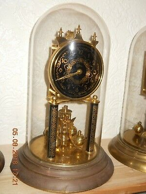 Decoratively patterned Anniversary torsion pendulum 400Day clock