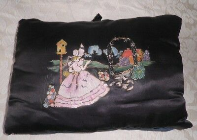 VINTAGE 1930's  TEA COSY with HAND PAINTED DAINTY LADY in COTTAGE GARDEN