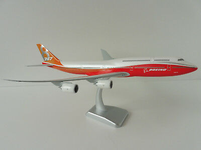 Boeing 747-8 ROLLOUT COLOURS SUNSHINE 1/200 Hogan Wings 10864 747 Livery