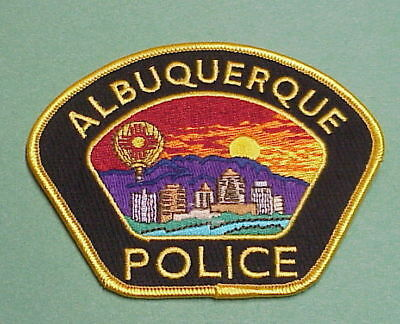 Albuquerque  New Mexico  Nm  Gold  ( Black Background )  Police Patch