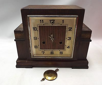 Vintage German Wooden MANTLE CLOCK With Pendulum - SPARES/REPAIRS - M25