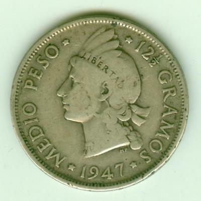 Dominican Republic Silver 1947 1/2 Peso-Lot C12