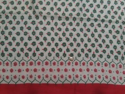 3 Vintage Feedsack Christmasy Red And Green Daisies 38 X 42