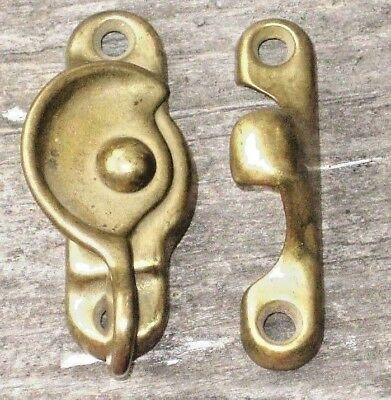 Antique / Vintage ONE Brass Tone Metal Window Sash Rotating Lock Latch