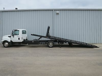 Terrastar 300-Hp Diesel 21Ft Rollback Bed Body Tow Haul Truck Non-Cdl Low-Mi.