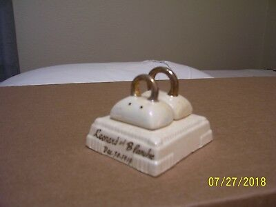 Ad89) Rare Antique 1919 Salt & Pepper Shakers Wedding Rings Bearer Pillow Luster
