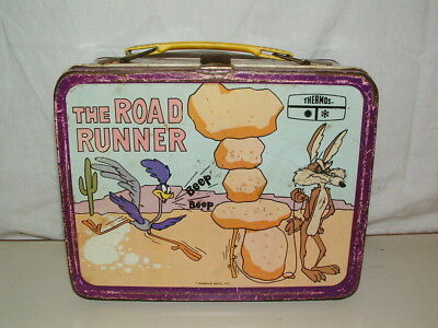 1970 THERMOS brand TIN-LITHO ( THE ROAD RUNNER )  LUNCHBOX ONLY