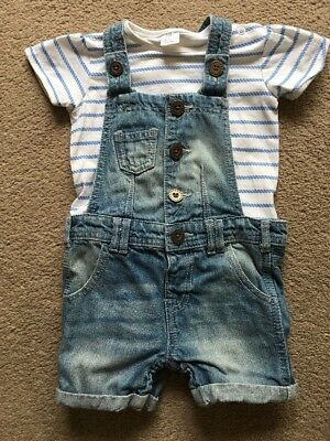 Baby Girls Denim Shorts Dungarees And Tee Shirt Age 9-12 Months