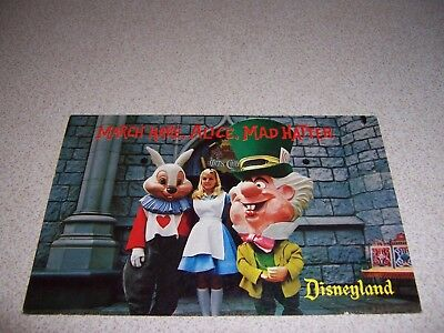 1950s MARCH HARE, ALICE & THE MAD HATTER at DISNEYLAND CALIFORNIA VTG POSTCARD