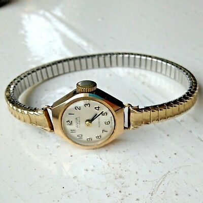 Beautiful Vintage Solid Hallmarked 9ct Gold AVIA Swiss Made Dress Watch WORKING