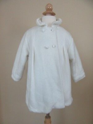 The Children's Place White Winter Coat, size 36 mo.