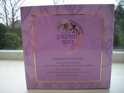 Avon Planet Spa Thai Lotus Flower Pampering Spa Set New And Sealed