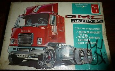 AMT #333 T510 VINTAGE GMC ASTRO 95 CABOVER TRUCK 1/25 Model Car Mountain FS