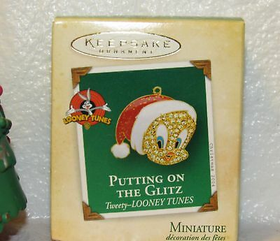 Hallmark Keepsake Miniature Putting On The Glitz Tweety Looney Tunes 2004