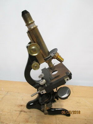 c1905 E LEITZ WETZLAR BRASS MEDICAL LABORATORY MICROSCOPE + EXTRAS NO CASE