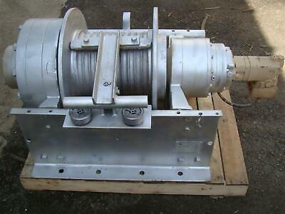DP Manufacturing Hydraulic Winch 55,000 lb Capacity Model 51882-R