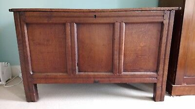 An early 18th century oak panelled coffer/chest from Lancashire