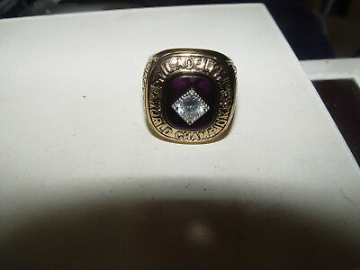 Riesiger USA College Ring High School Ring