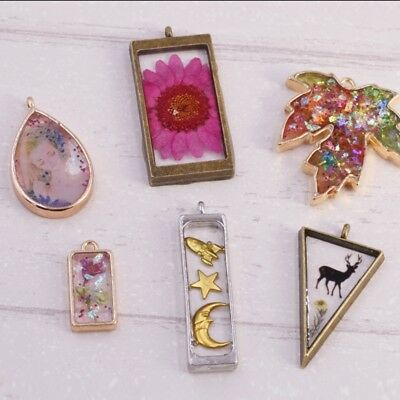 10Pc Geometric Assorted Hollow Pressed Flower Frame Pendant Resin Jewelry Making