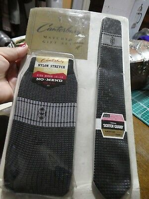Men's Vintage Nylon Socks & matching tie set, Unused. Mod/Hipster.