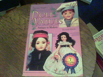Patrcia Smith's Doll Values antique to modern 11th edition   s1
