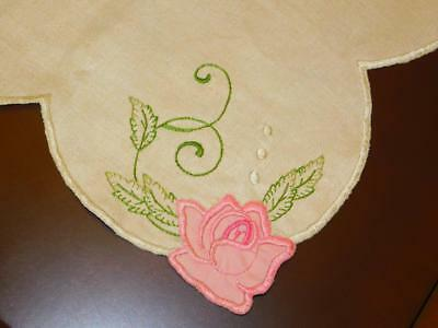 """Vintage Embroidered Appliqued  PINK ROSES Ecru LINEN TABLECLOTH MINTY! 41x60"""""""