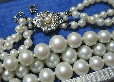 Vintage Art Deco 1930's Knotted Triple Row Pearl Pretty Clasp Necklace in Box