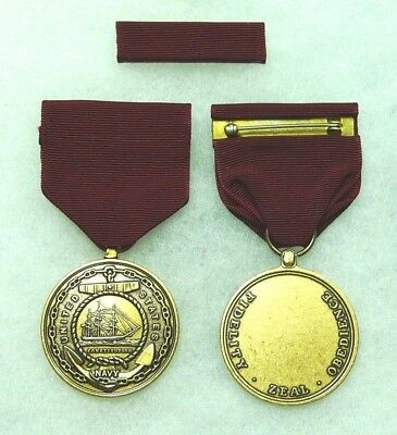 Department of the Navy, Navy Good Conduct Medal, Type 4 (current), set of 2