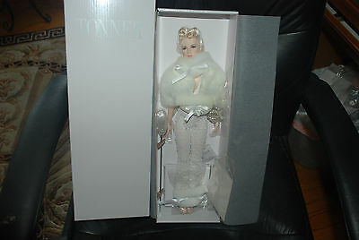 """Tonner Re Imagination """" BIANCA HOPS TO IT""""- 16'' Convention Doll Our Last One"""