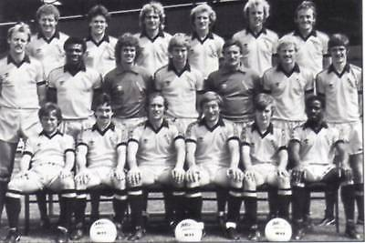 Cambridge United Football Team Photo>1980-81 Season