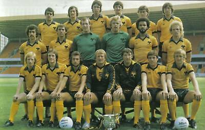 Wolves Football Team Photo>1980-81 Season
