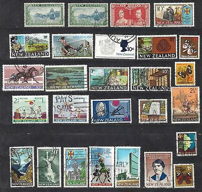 Lot of decimal and pre-decimal New Zealand stamps used