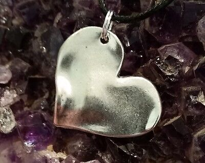 WOW -  NEW STUNNING SILVER PLATED HEART CHARM PENDANT - ON 44cm BLACK CORD
