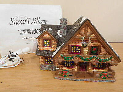 Dept 56 Snow Village - Hunting Lodge