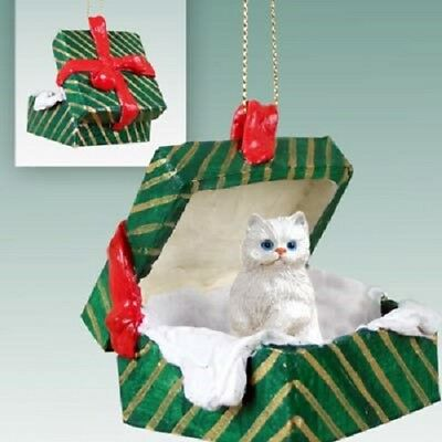 PERSIAN White CAT Christmas GREEN GIFT BOX Ornament HAND PAINTED resin FIGURINE