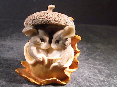 Charming Tails ACORN BUILT FOR TWO Mice 85/403 w/ Box