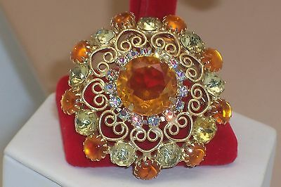 Vintage Beautiful Light Amber & Citrine Yellow Rhinestone Filigree Brooch Pin