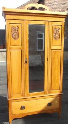 Edwardian Style Solid Wood / Veneer Double Wardrobe With Central Mirror - B74