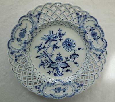 Antique Meissen Blue Onion Reticulated 20.5cm Plate c1820+