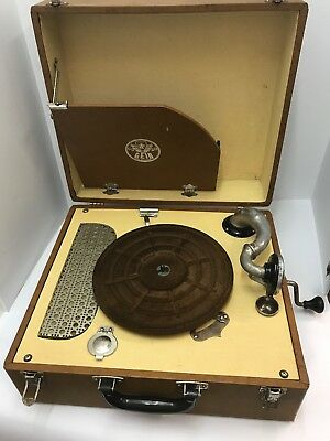 Vintage Geib of Chicago Antique Crank Handle Record Player 1940's 1950's in case