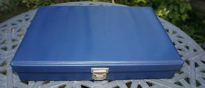 BLUE STORAGE BOX HOLDS 200 35mm SLIDES - VERY GOOD CONDITION