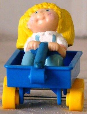 "1991 Cabbage Patch Kids BLONDE GIRL riding in BLUE WAGON  2.25"" h PVC & Plastic"