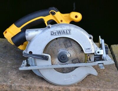 DeWALT DC390 CORDLESS 18V XRP 165mm HAND-HELD CIRCULAR SAW - BARE UNIT ONLY