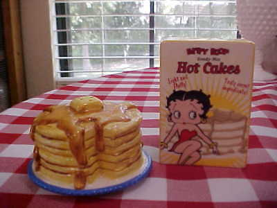 Salt & Pepper ~ Betty Boop Ready Mix Hot Cakes / Pancake set
