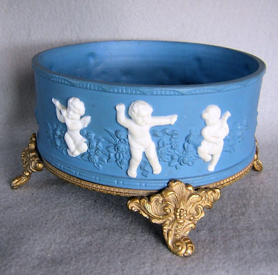 Lovely Antique Porcelain or Bowl or Jardiniere with Cherubs