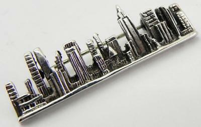 Vintage Solid Silver New York Cityscape / Skyline Brooch.