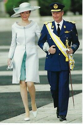 King Philippe and Queen Mathilde arrive for wedding