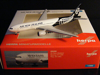 """Air New Zealand Boeing B777-200 """"ZK-OKC"""" Herpa 528450 1:500 NG"""