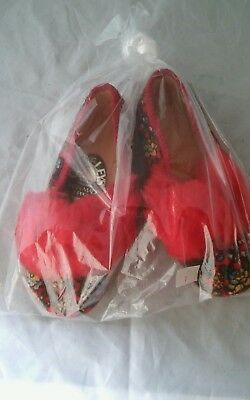 Vintage Cleveleys Children's Girls Red Children's Slippers Made in England